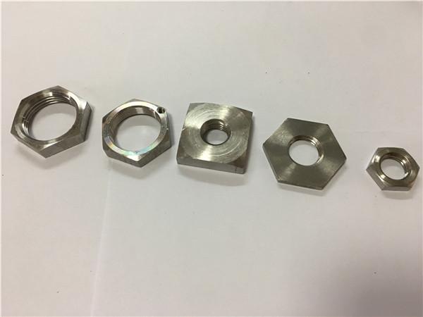 engrospris firkantet rustfrit stål hjulmøtrik