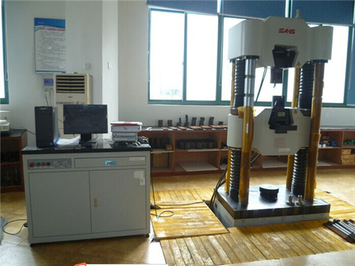 Universal testmaskiner